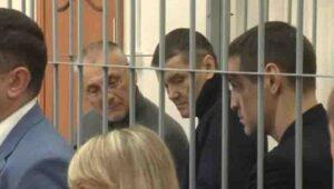 По решению суда ближайшие годы Хорошавин, Карепкин и Икрамов  (слева направо) проведут в колонии строгого режима.