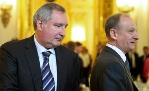 На фото: вице-премьер РФ Дмитрий Рогозин и секретарь Совбеза РФ Николай Патрушев (слева направо) (Фото: Валерий Шарифулин/ТАСС)